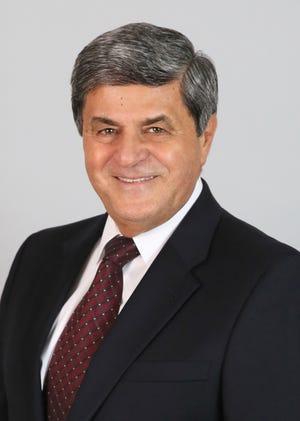 Lee County Commissioner Ray Sandelli
