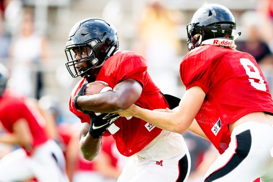 Maryville's Tee Hodge, left, is No. 4 in the Knox News' Elite 8, a collection of the top college football prospects in the Knoxville area.