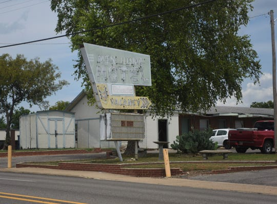 The Mountain Home City Council has approved an ordinance calling for the razing of the Mountain Home Motel. The case must head to court before any demolition work is conducted.