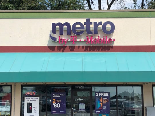 Metro by T-Mobile,a prepaid wireless provider, is opening a rebranded store in the first floor of the Samler Building and closing their 765 Cumberland St. location.