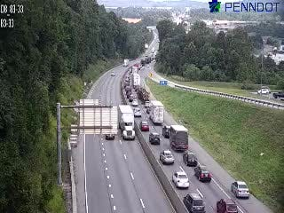 Traffic is backed up from a mult-vehicle crash on Interstate 83 northbound near Exit 33, Yocumtown. Photo courtesy of 511pa.com.