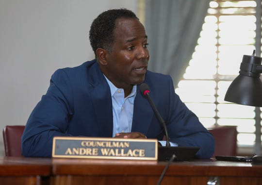 Acting Mayor Andre Wallace makes comments during a city council meeting in Mount Vernon on Friday, August 2, 2019.