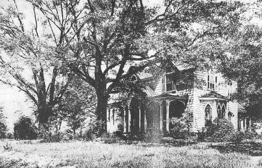 The Gothic Revival McDaniel house was said to have been built on Paris Mountain by Waddy Thompson. When the former ambassador to Mexico moved to Florida in 1867, it was dismantled and rebuilt on McDaniel Avenue for the McDaniel family.