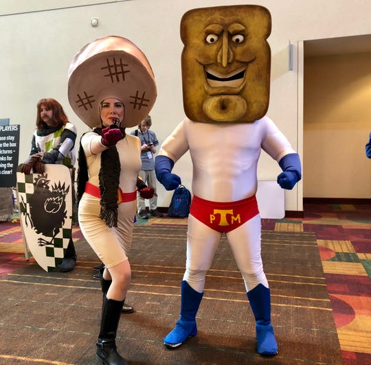 Gina Venable and Allan Pugeda came from Chicago to attend Gon Con, where they showed off their Powdered Toast Man and Waffle Woman costumes.