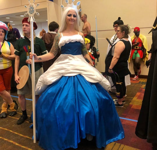 Sarah Rehrer traveled from Maryland to attend Gen Con, donning her Queen Frostine costume.
