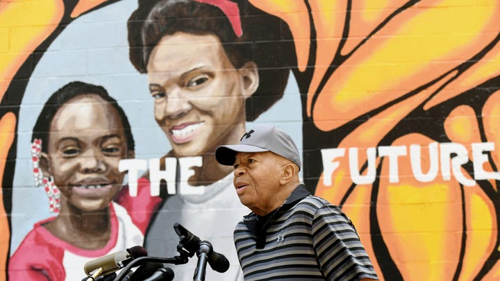 'Don't just come and criticize': Elijah Cummings defends Baltimore in face of Trump's insults