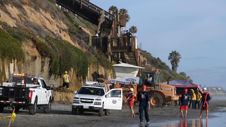 California beach cliff collapse near San Diego leaves three dead