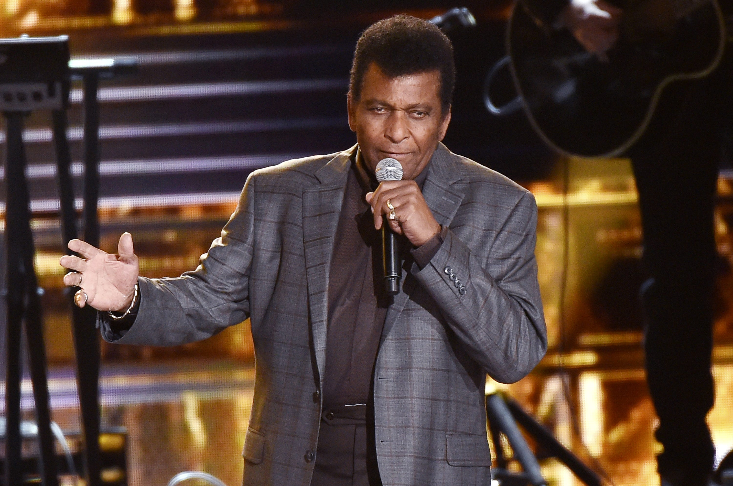 Charley Pride to receive CMA s Lifetime Achievement Award