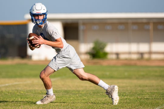 Odem will start freshman Hunter Dawson at quarterback in the season opener against West Oso.