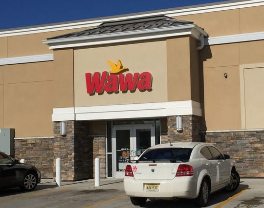 Wawa has agreed to a $1.4-million settlement of a wage lawsuit brought by current and former assistant general managers.