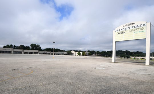 Retail spaces sit vacant at Jackson Plaza on Old Hickory Blvd.