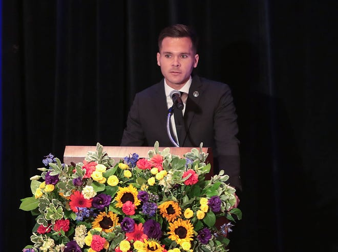 Agua Caliente Tribal Council Member Reid Milanovich speaks during the memorial for Larry Olinger at the Agua Caliente Resort Casino in Rancho Mirage, August 5, 2019.