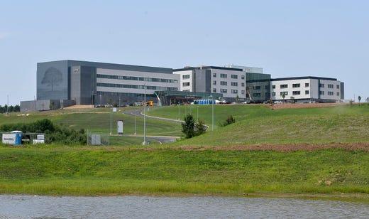 UPMC cuts ribbon at new Memorial Hospital