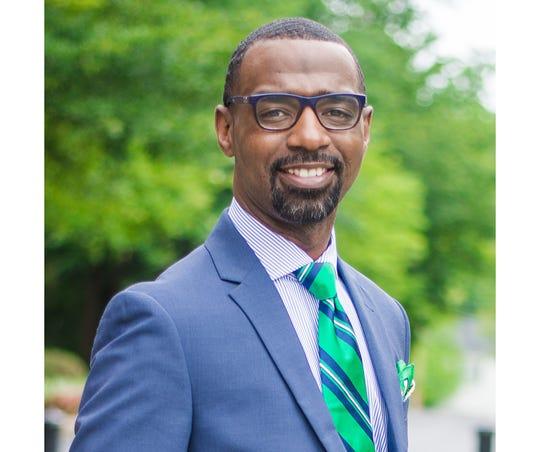 Damon M. Qualls, principal at Monaview Elementary School