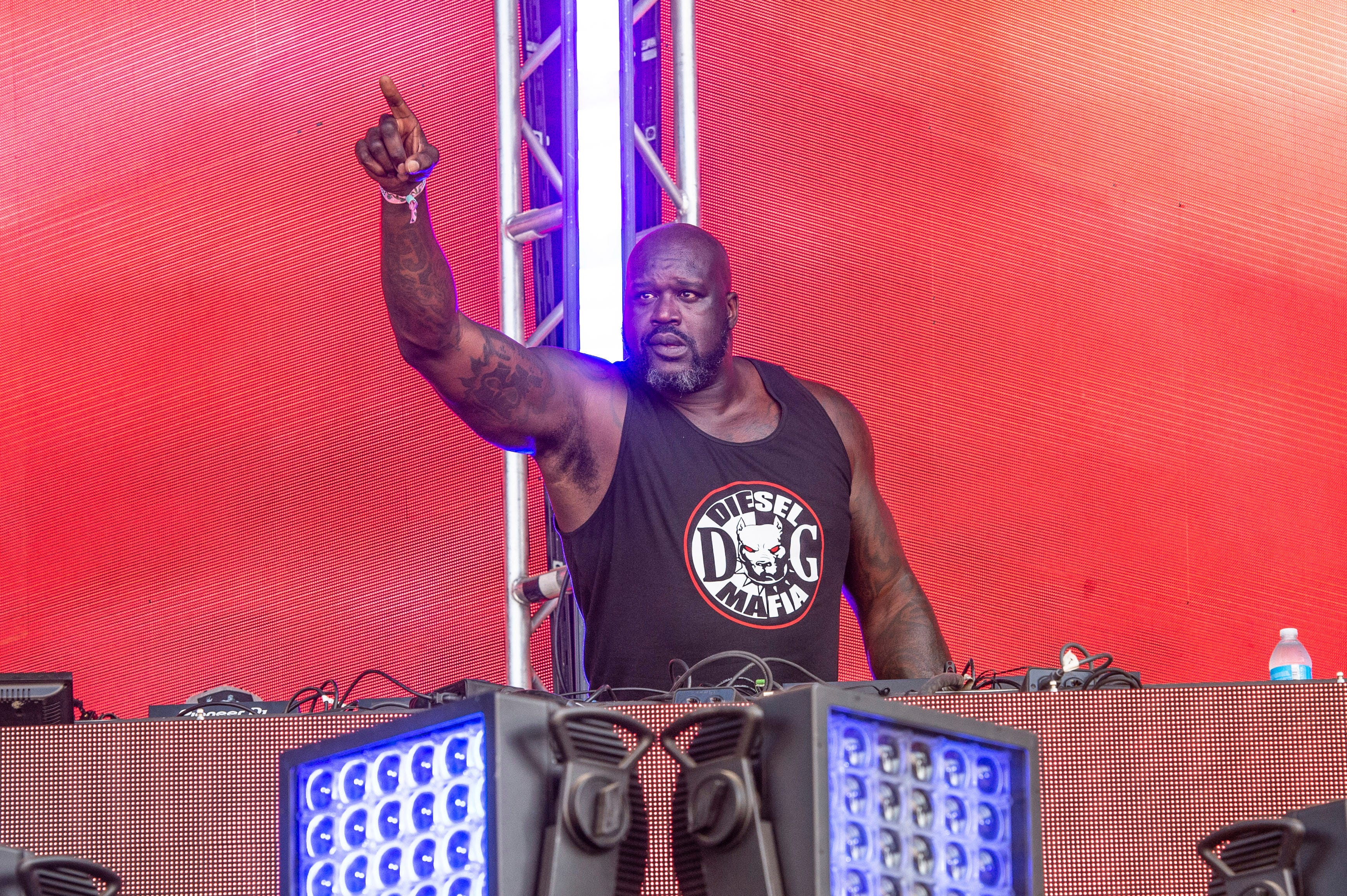 Latest Summerfest 2021 lineup announcements: Wilco, Brett Eldredge and Shaq (yes, that Shaq) at Miller Lite Oasis