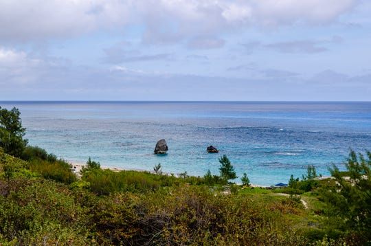Cheap season in Bermuda: You'll find deals on spring and fall departures (April through early June and September through November).