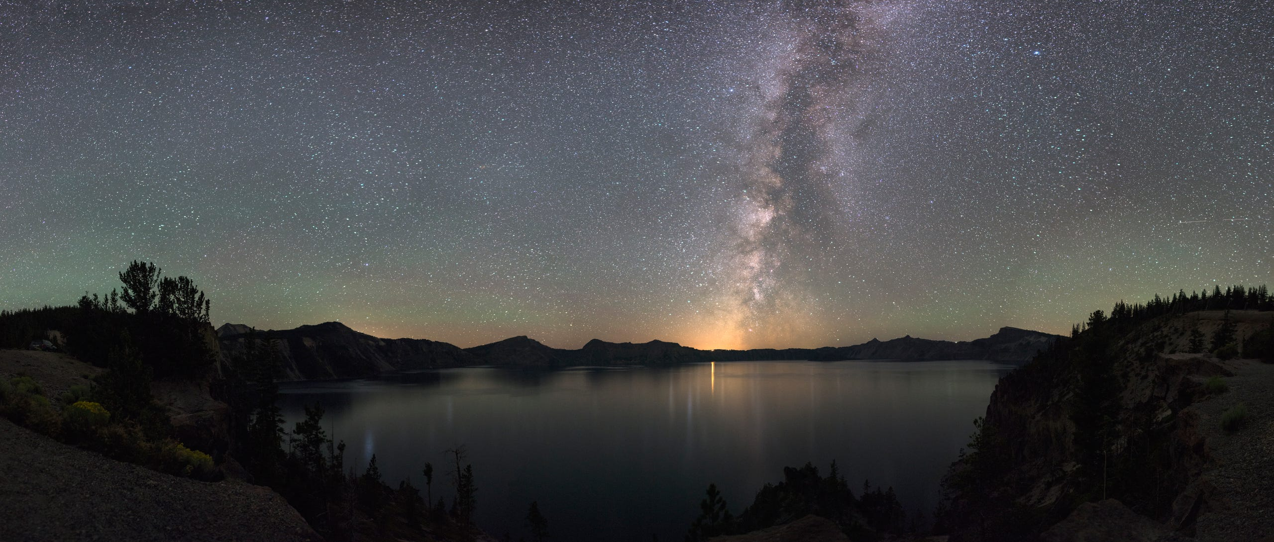 <strong>Crater Lake, Oregon:</strong> The combination of dry weather and high elevation makes Oregon's Crater Lake National Park, Oregon ideal for stargazing.