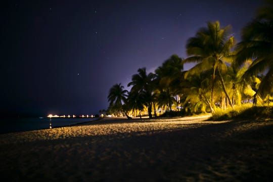 Head further south into the lower Florida keys for better night views.