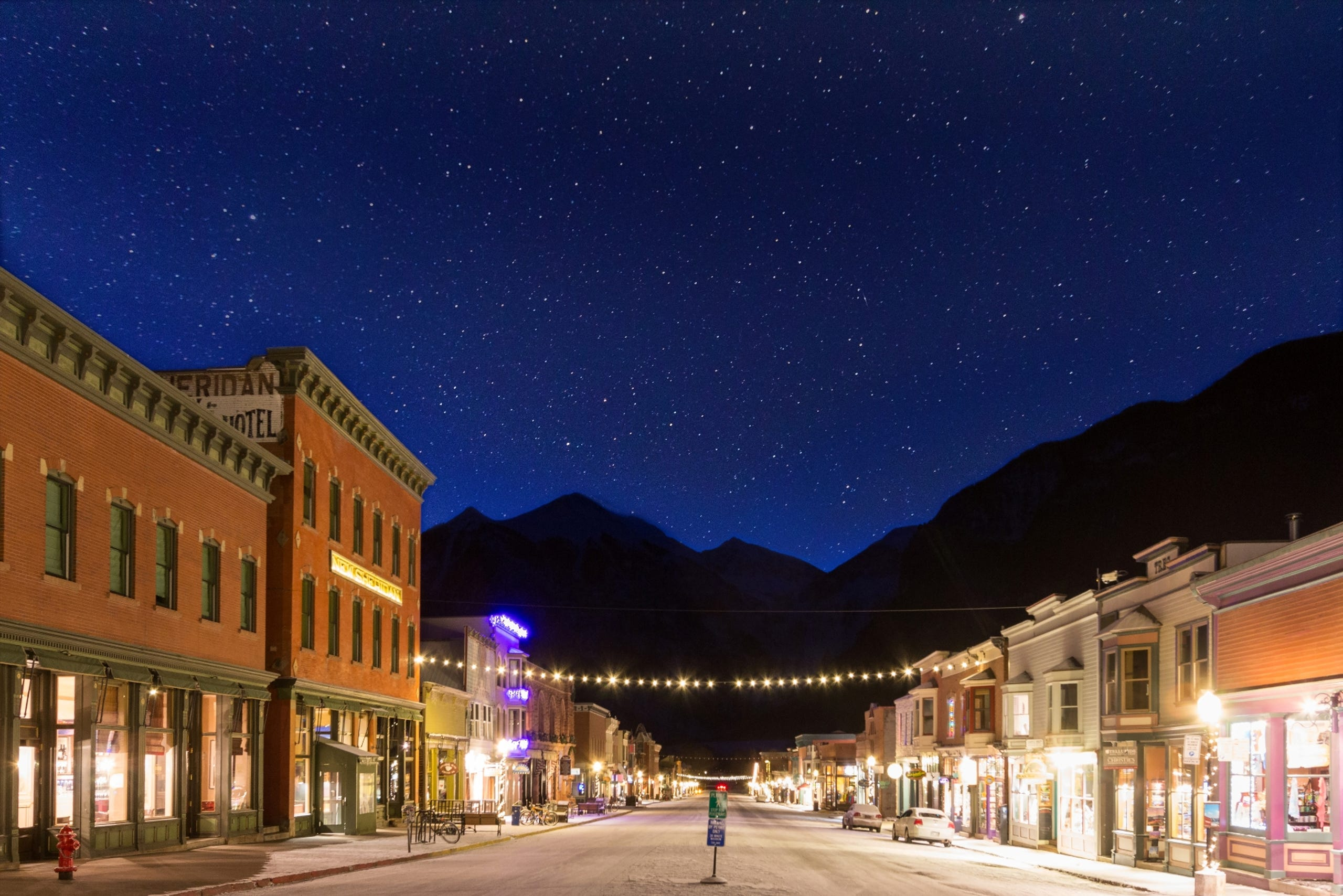 <strong>Telluride, Colorado: </strong>The craggy mountain peaks surrounding the former mining town of Telluride make a memorable frame for stargazing.