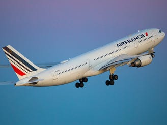 Air France flight diverts to Ireland after mysterious cell phone found on board