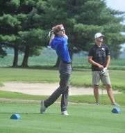 Wynford's Kayleb Keaton watches his tee shot on the second hole at Cranberry Hills.