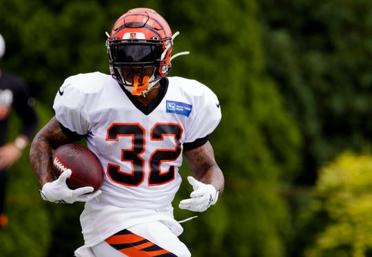 Cincinnati Bengals running back Trayveon Williams (32) runs during Bengals training camp on Aug. 6, 2019, in Cincinnati.