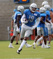 Lions receiver Kenny Golladay catches a pass during joint practice in training camp on Tuesday, Aug. 6, 2019, in Allen Park.
