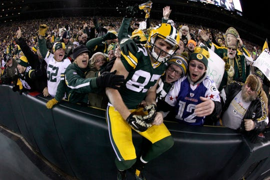 Jordy Nelson signed a one-day contract with the Packers on Tuesday and announced his retirement after 11 seasons, 10 of which he spent in Green Bay.