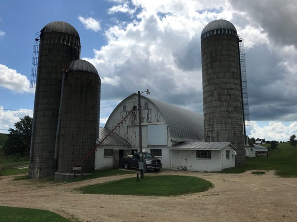 Wisconsin dairy farms: A portrait of loss | Milwaukee