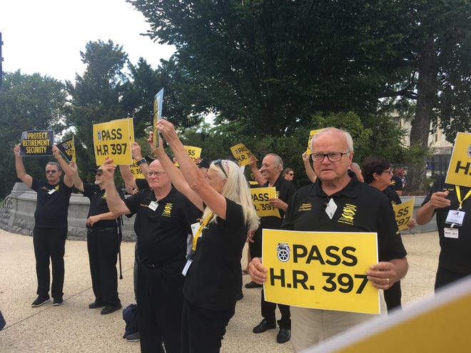 Retirees with pensions gathered in Washington, D.C., in late July to urge the House of Representatives to pass the Butch Lewis Act, a bill that reforms multiemployer pensions.