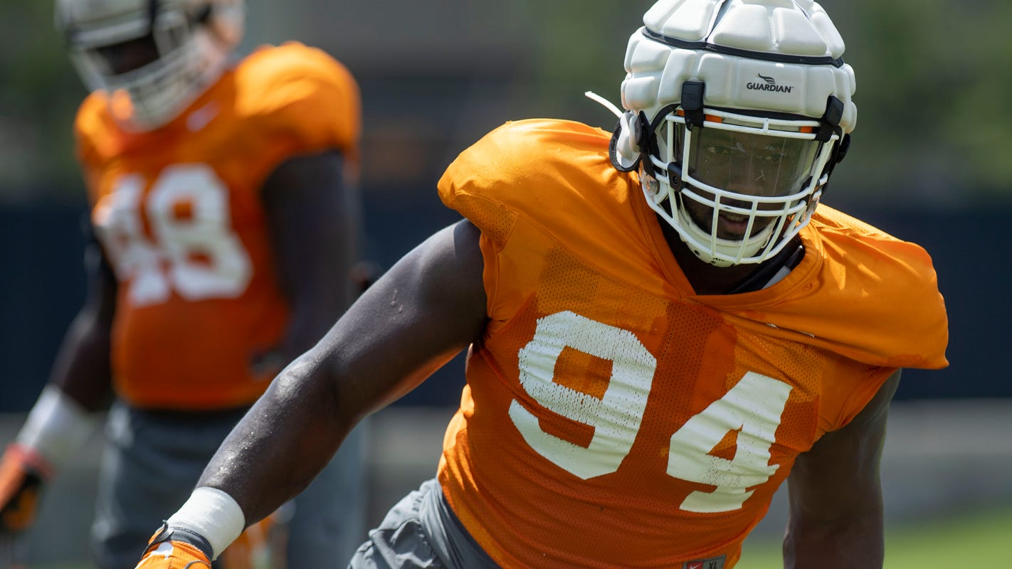 Tennessee football: Pressure mounts after Emmit Gooden's injury