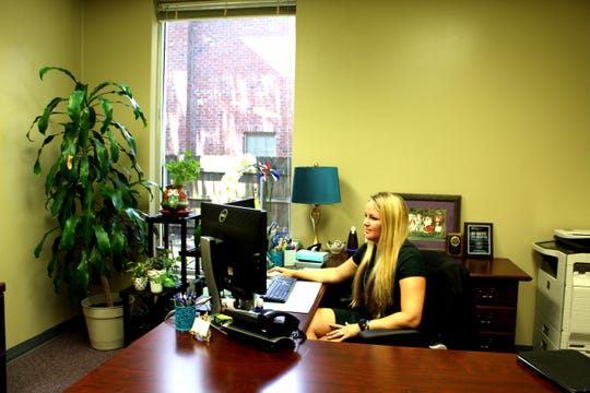 Jena Wynne, an associate attorney at Hoyt and Stanford, LLC, is a member of the Lafayette Women's Chamber of Commerce.