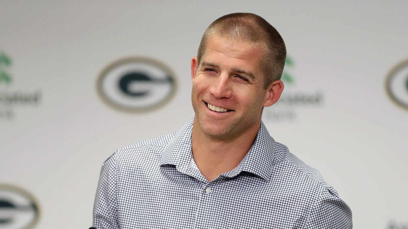 Jordy Nelson retires as a Packer, Willie Nelson performs at Resch Center: Stories you loved