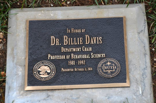 Billie Davis plaque at Evangel University.