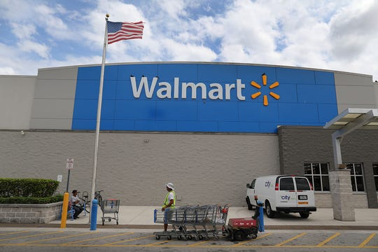 Florida man threatens to 'shoot up' Walmart, one day after El Paso
