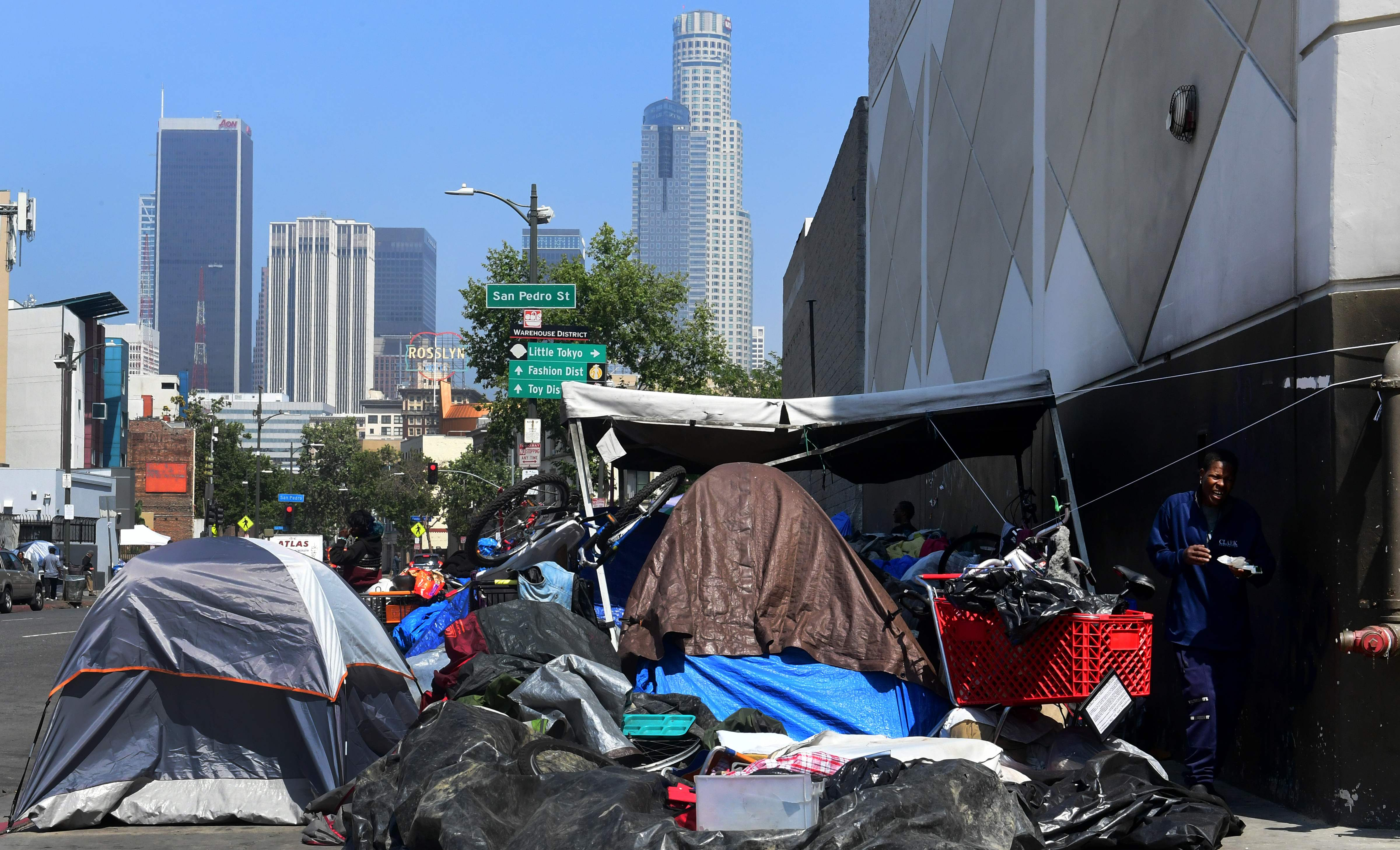 Bug infestations, tent-lined streets: California s homelessness crisis is at a tipping point. Will a $12B plan put a dent in it?