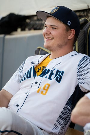 Former Lakeview baseball standout Travis Snyder is finishing out the season with the Kalamazoo Growlers.