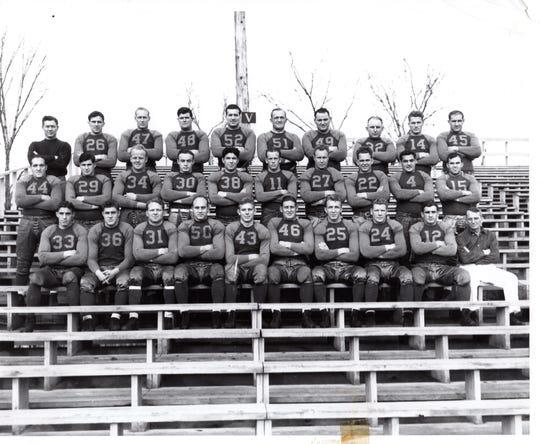 1935 SEASON: The 1935 Green Bay Packers team photo.
