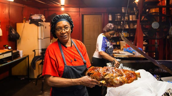 "Helen Turner, foreground, with her granddaughter, of Helen's Bar-B-Q in Brownsville, Tennessee, is one of the cooks profiled in the new Tennessee State Museum exhibition on Tennessee foodways, ""Let's Eat! Origins and Evolutions of Tennessee Food."""