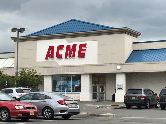 Acme in Elmwood Park will close for good on Oct. 2, 2019. The store, pictured Aug. 7, 2019, is one of four stores that will be closing in New York and New Jersey, the company announced. Other stores closing include the Woodcliff Lake and Weehawken stores, and an Acme in Scarsdale, N.Y.