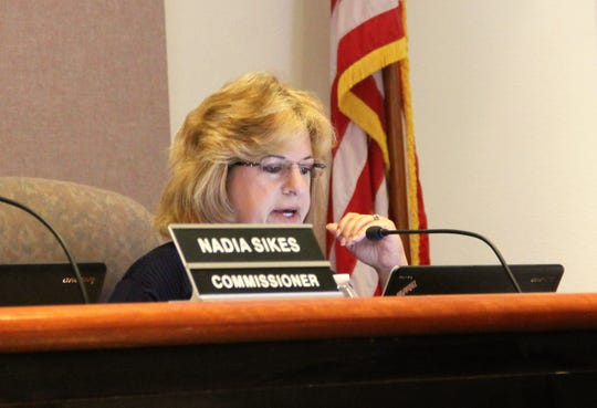 Alamogordo City Commissioner Susan Payne speaks during a city commission workshop Aug. 6 to discuss regional jet service and its possibilities in Alamogordo.