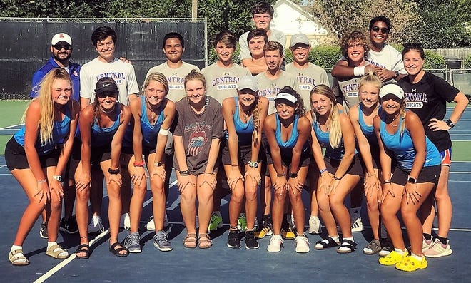San Angelo Central cruised past Abilene Cooper 16-3 on Monday at the Tut Bartzen Tennis Complex.