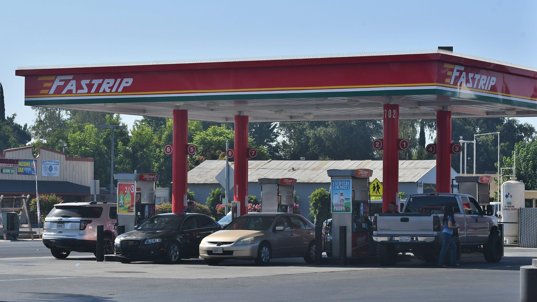 Cheapest Gas Prices >> Farmersville Fastrip Home To California S Cheapest Gas Pump