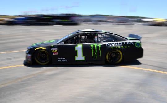 Kurt Busch drives the No. 1 Chevrolet.