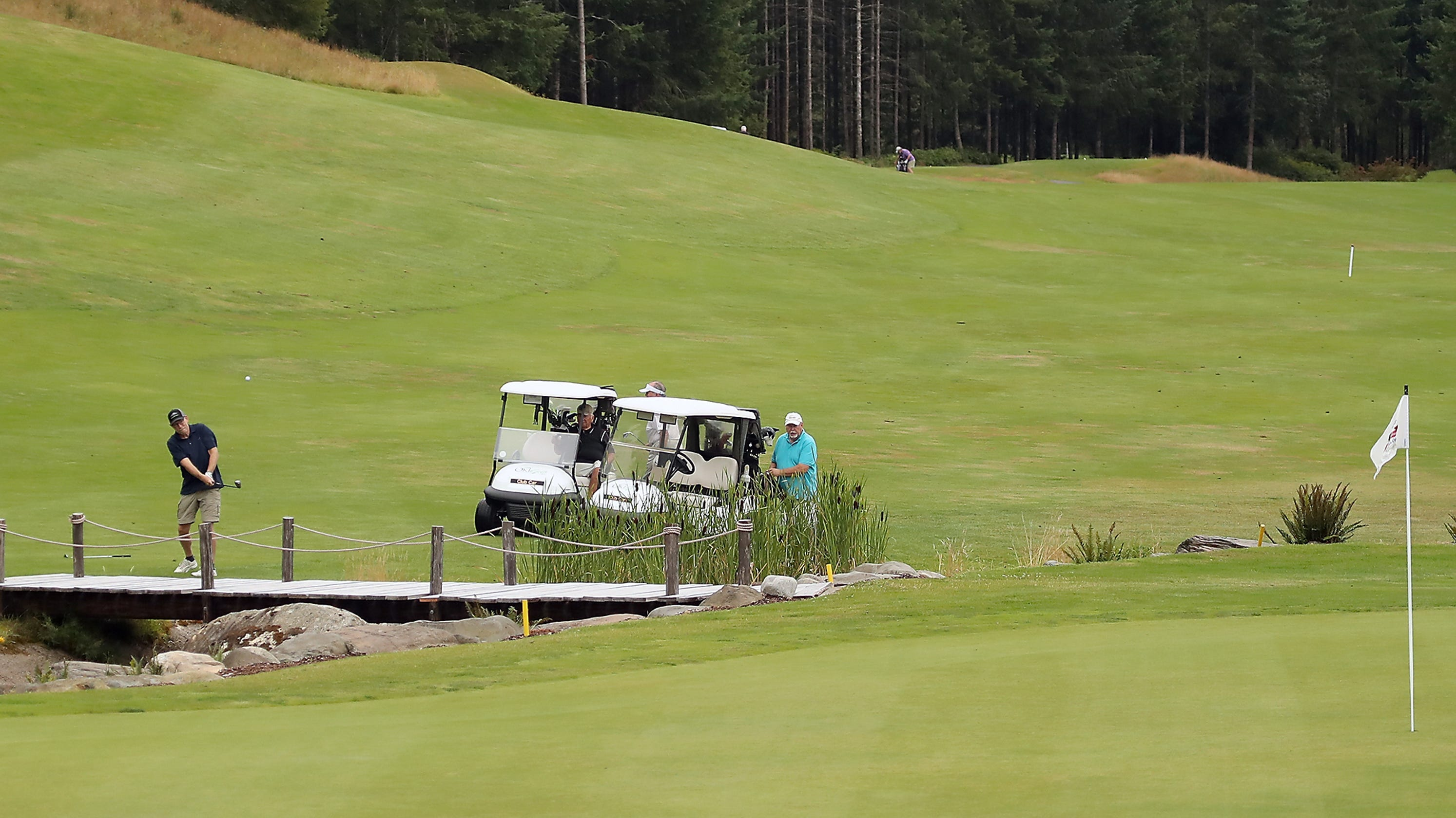 Port Orchard's Trophy Lake celebrating 20 years of golf and fish