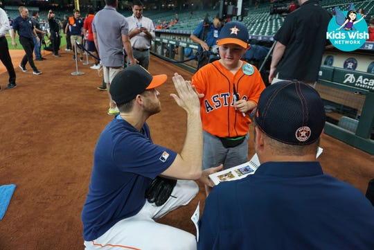 Corpus Christi 8-year-old, James Warren, threw the first pitch at an Astros game.