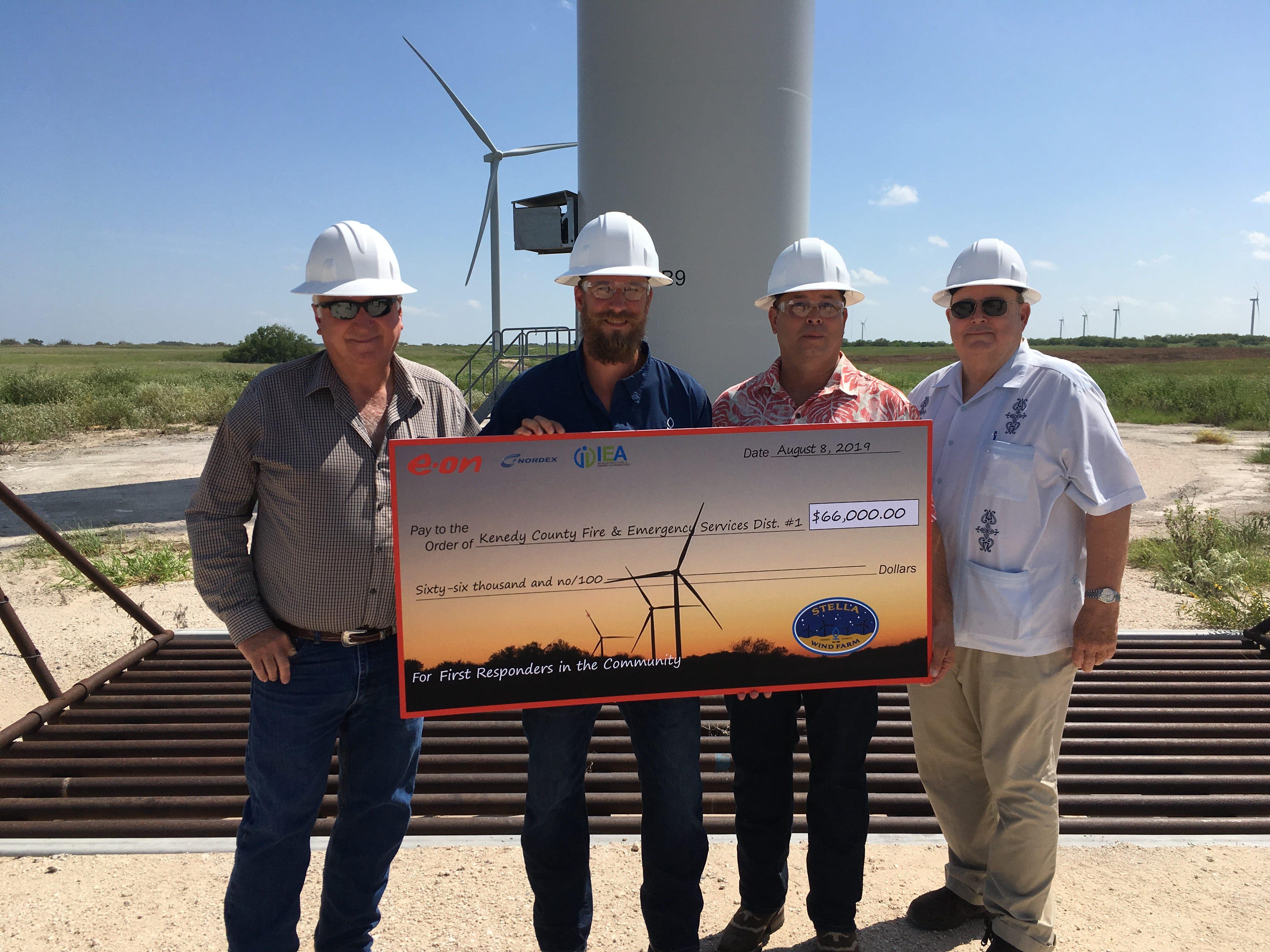 E ON celebrates new wind farm in Kenedy County