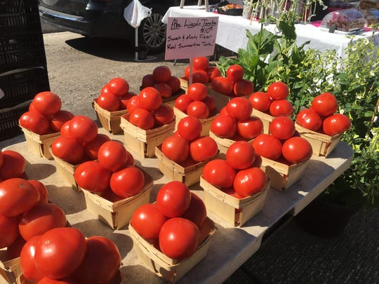 Here's how to make the best of locally grown corn and tomatoes