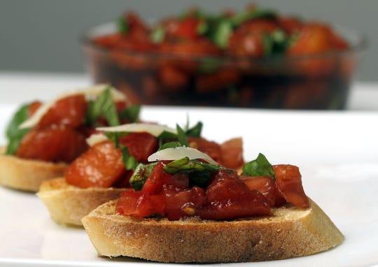 Marinated Tomato Bruschetta i