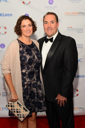 Dr. Chip and Katie Taunt at the McLaren Greater Lansing Foundation's 2017 Annual Gala located at the Country Club of Lansing.